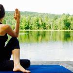 движение, здравословно хранене и естествени хранителни добавки вместо хормонална терапия